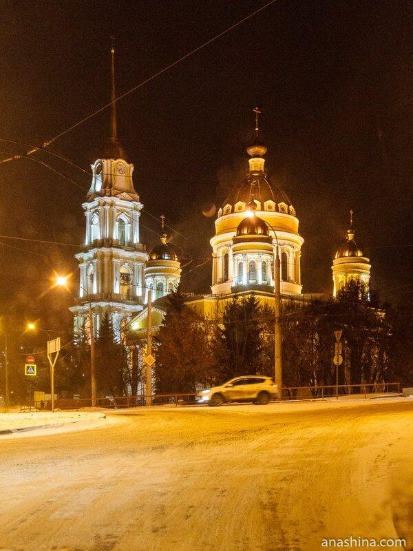 Спасо-Преображенский собор вечером, Рыбинск