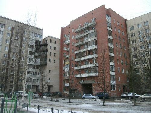 ул. Веры Слуцкой 83
