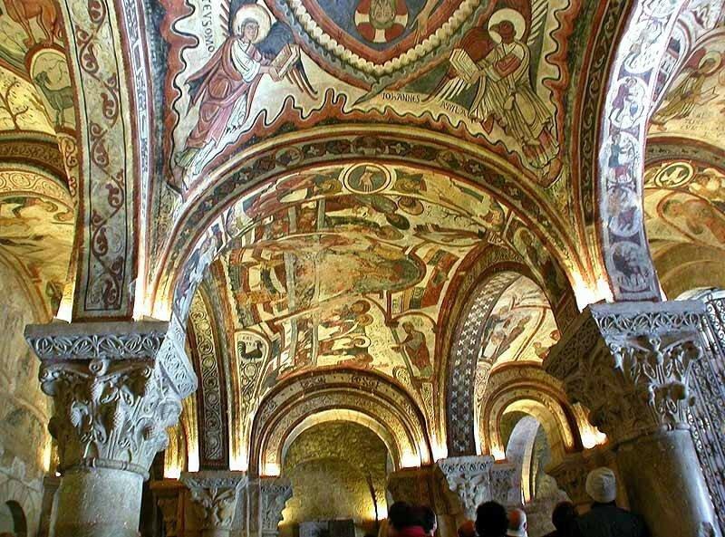 bazilika-san-isidoro-foto-opisanie-basilica-de-san-isidoro-de-leon-130504.jpg