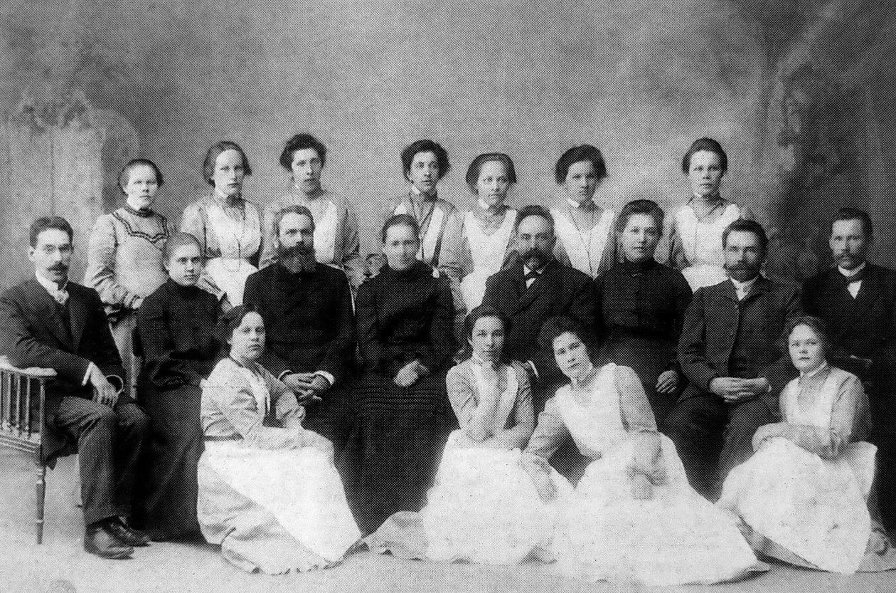 Персонал Архангельской городской больницы. 1907