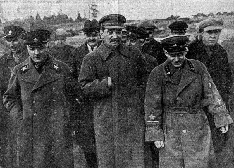 1937-04-22-Voroshilov-Molotov-Stalin-Ezhov.-Foto-N.Vlasika.jpg