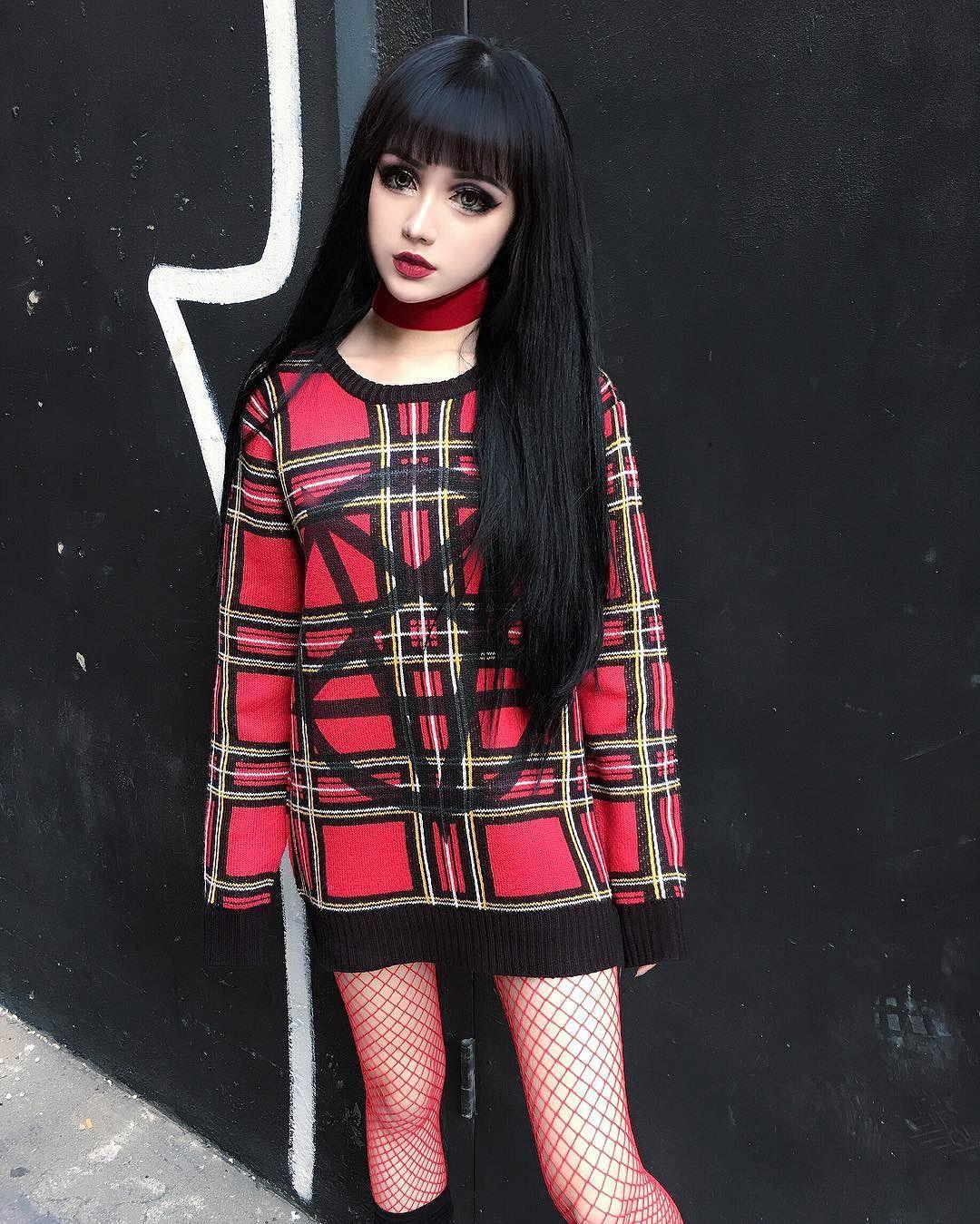 Живая кукла из Китая