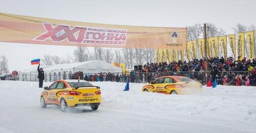 XXI Гонка Чемпионов: зрелищная борьба LADA Vesta на ледовом треке