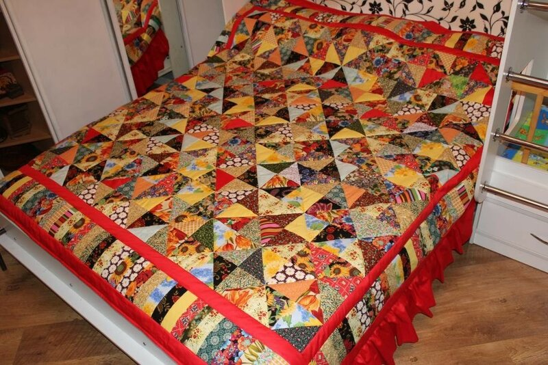 также лоскутное одеяло фото дизайнерские работы обои подходят