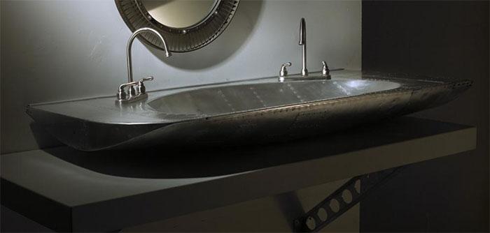 Раковина из створки шасси.