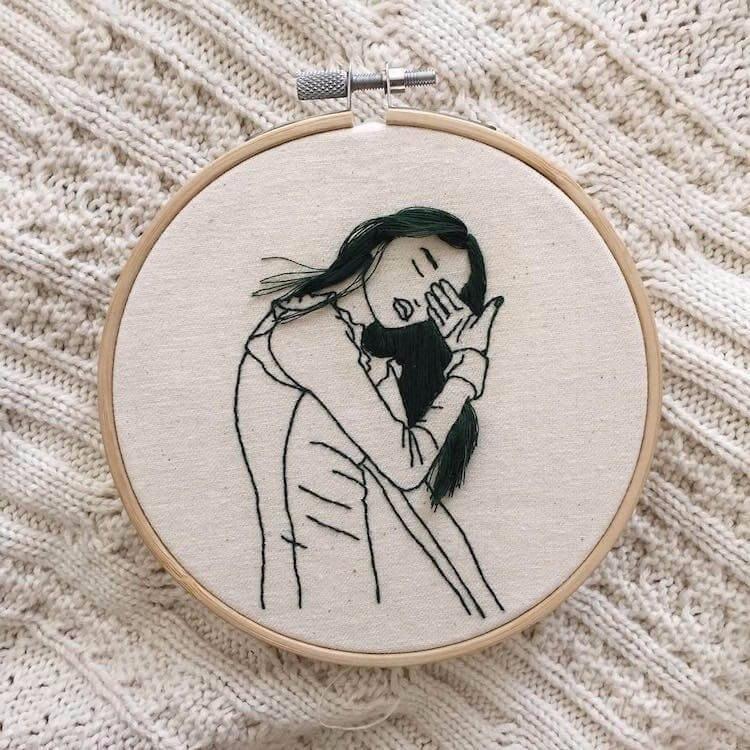 Объёмные портреты девушек, вышитые художницей Sheena Liam
