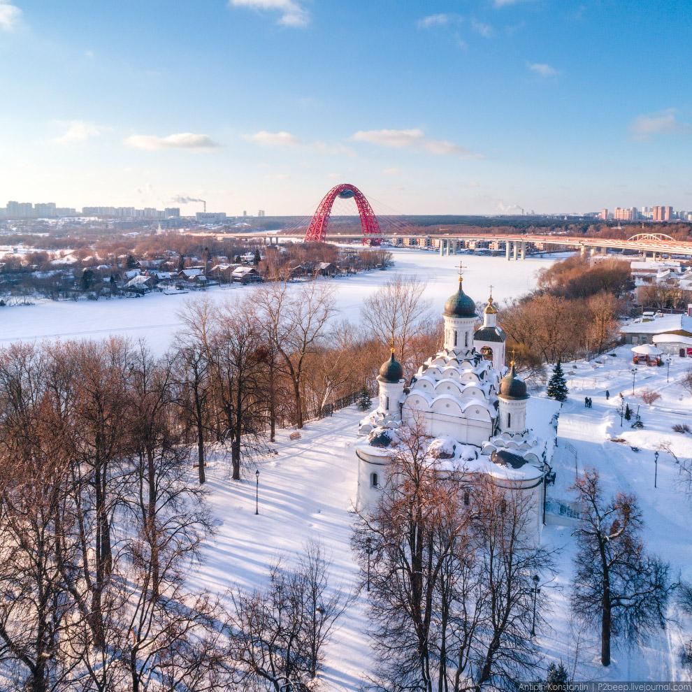 10. Хорошевский и Живописный мосты.