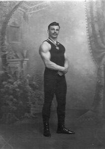 Участник чемпионата C.Елисеев (портрет).