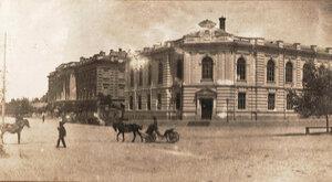 Донской музей, перекресток пр. Баклановского и ул. Атаманской