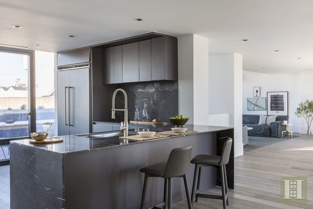 Discover the he new top floor duplex in Williamsburg, NYC located in The Oosten, the new b