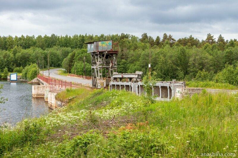 Гирвасская плотина Пальозёрской ГЭС, Карелия