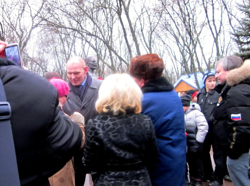 Opening of the monument to Ivan Poddubny, Yeisk, December 2011, photos of Svetlana Levada,