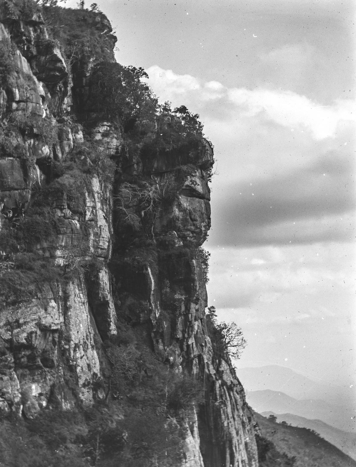 94. Восточный склон гор Усамбары