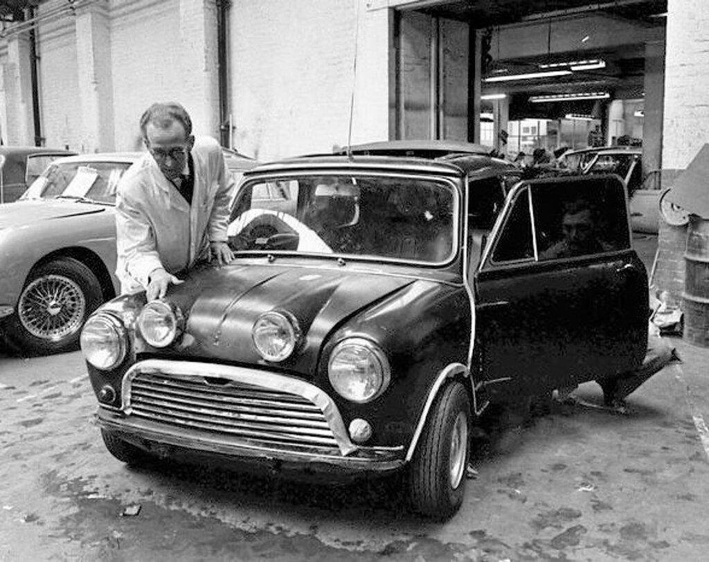 The Radford Mini 1.jpg