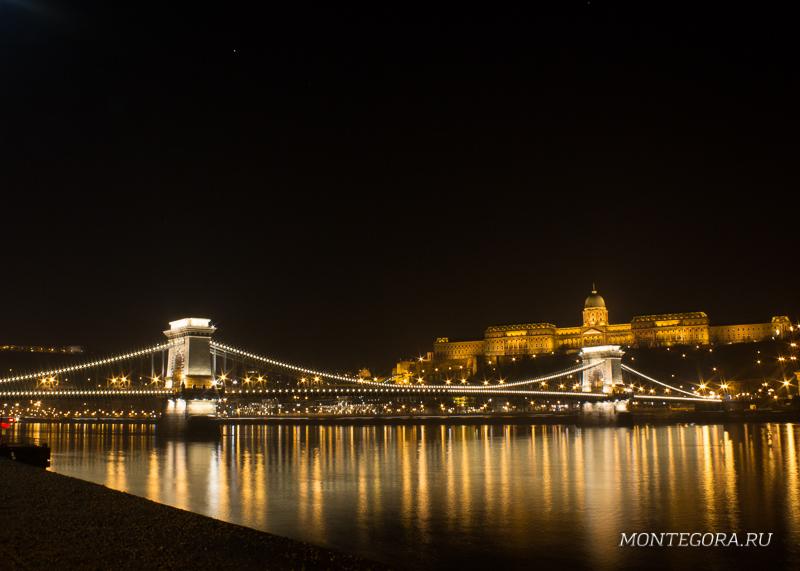 Будапешт - один из самых красивых городов, который попадётся вам по пути в Черногорию