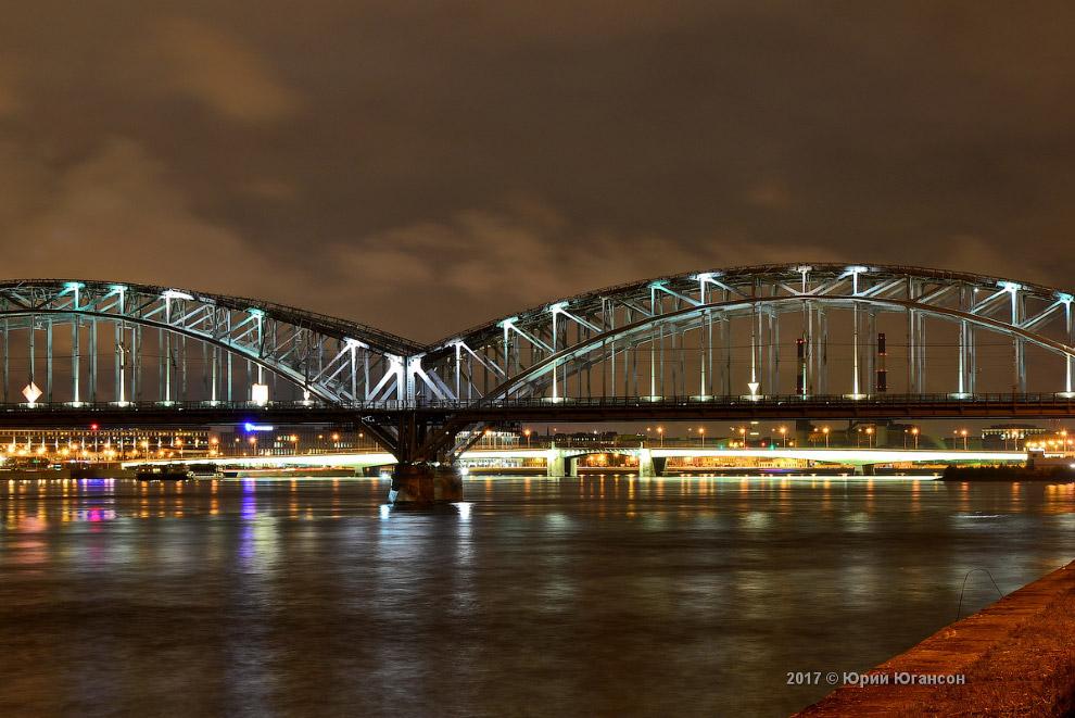 13. Панорама у Вантового моста.   Кликабельно:
