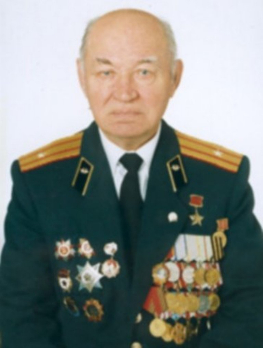107658190_Konstantin_Frolovich_Lozanenko_.jpg