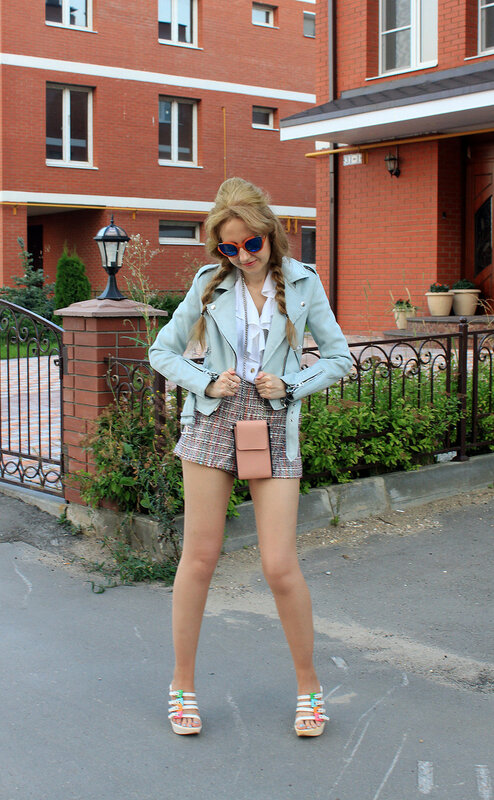 Куртка - Bershka, шорты - Zara