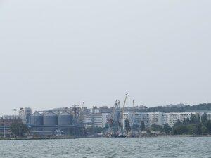 Вид на Керчь со стороны моря