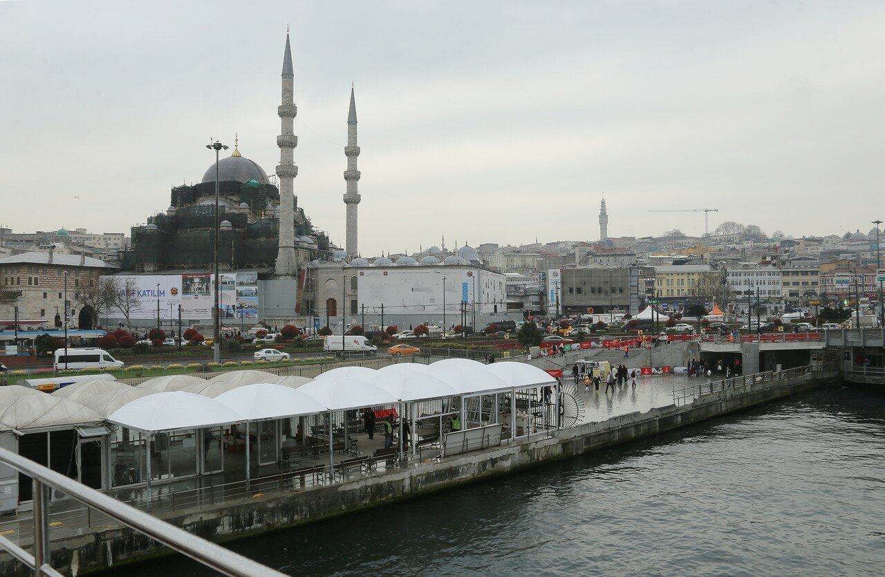 Istanbul and the Bosphorus aboard a ferry Eminonu-Kadikoy