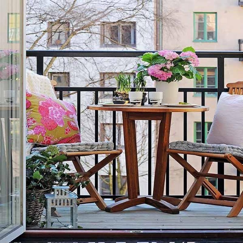 26. Лаконичное оформление маленького балкона