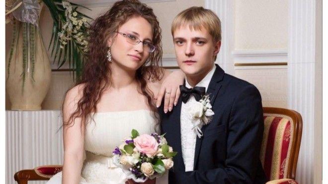 Спустя полгода брак Зверева-младшего распался.