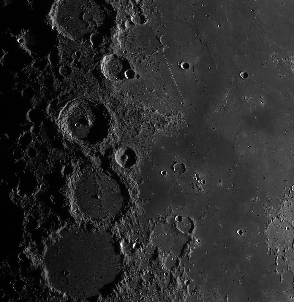 11. Категория «Наша луна». Луна на Гавайях. (Фото Sean Goebel | Insight Astronomy Photographe