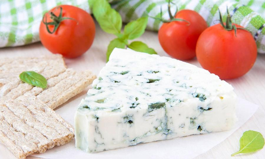11. Отличным дополнением для перекуса станут фрукты или овощи. Вот несколько вариантов: козий сыр со