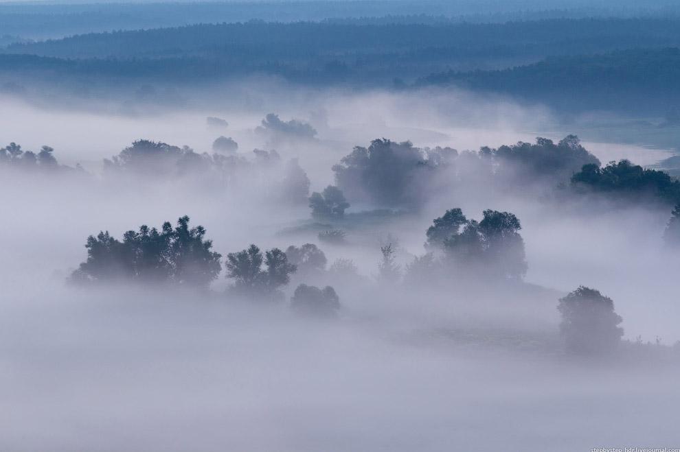 Петляющий Оскол, укутанный туманом: