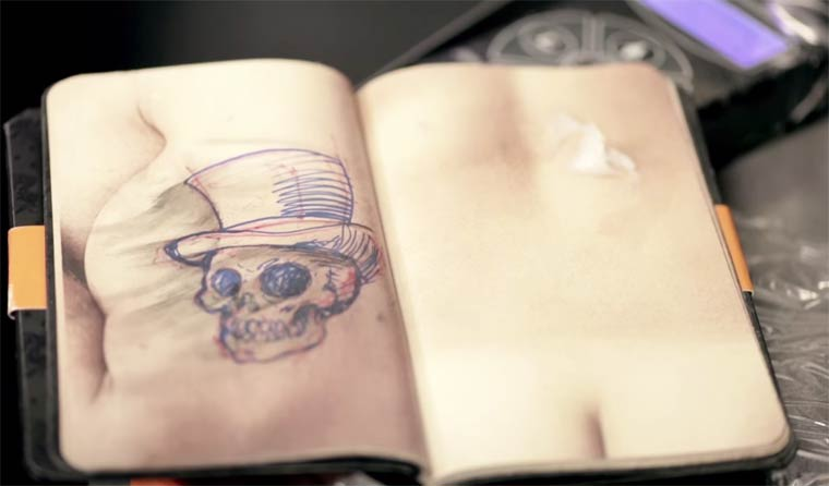 Skin Book - A sketchbook made of artificial skin for the tattoo artists!