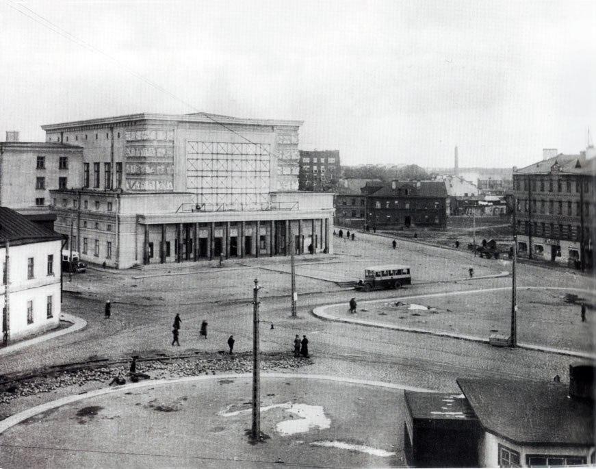 Площадь Калинина1936-38.jpg