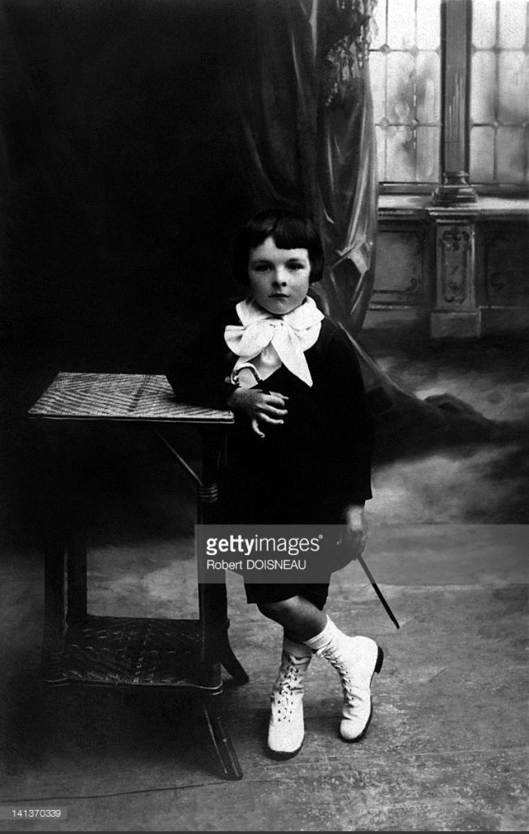 1918. Робер Дуано в детстве