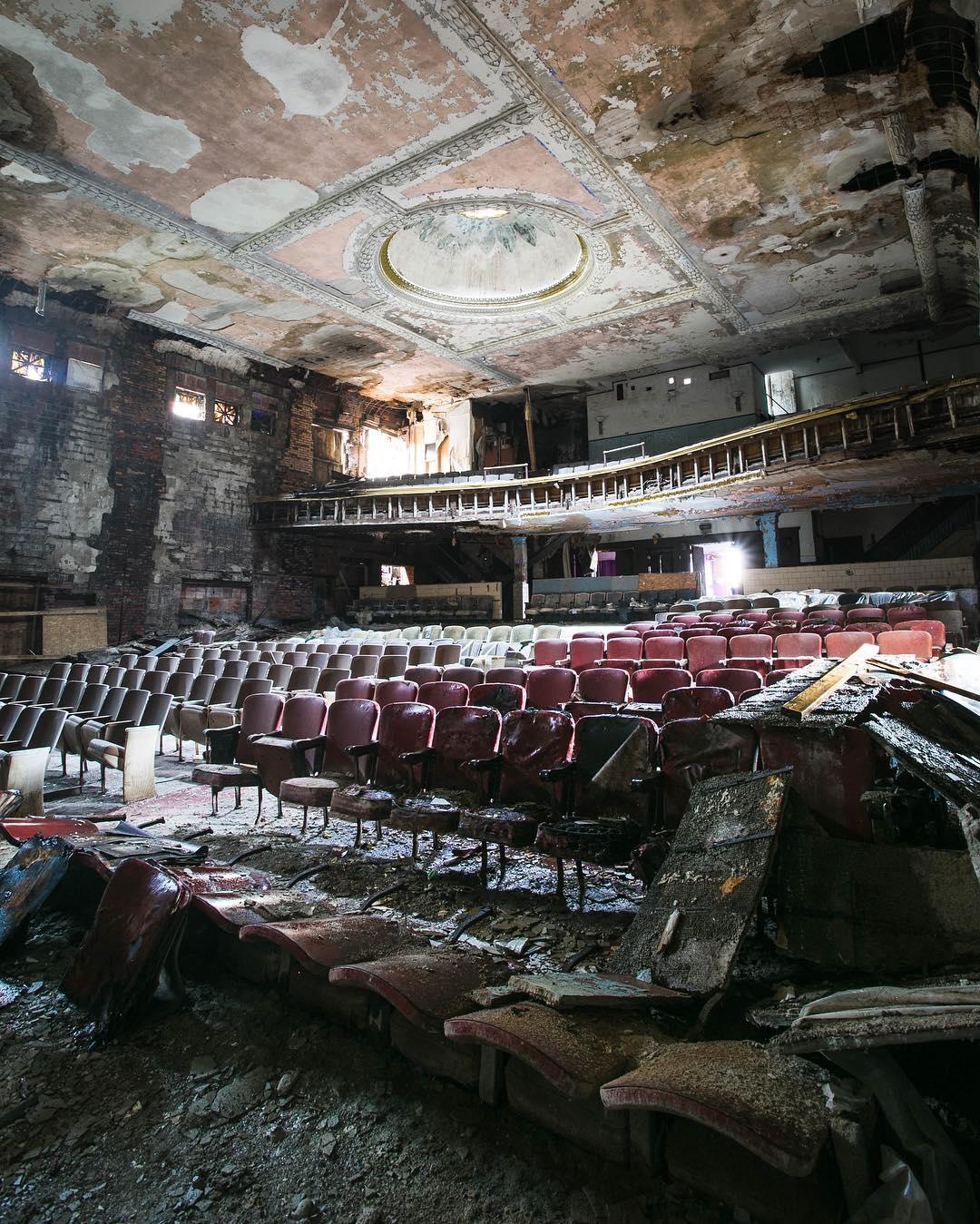 Заброшенные места в США на снимках Дженн Браун