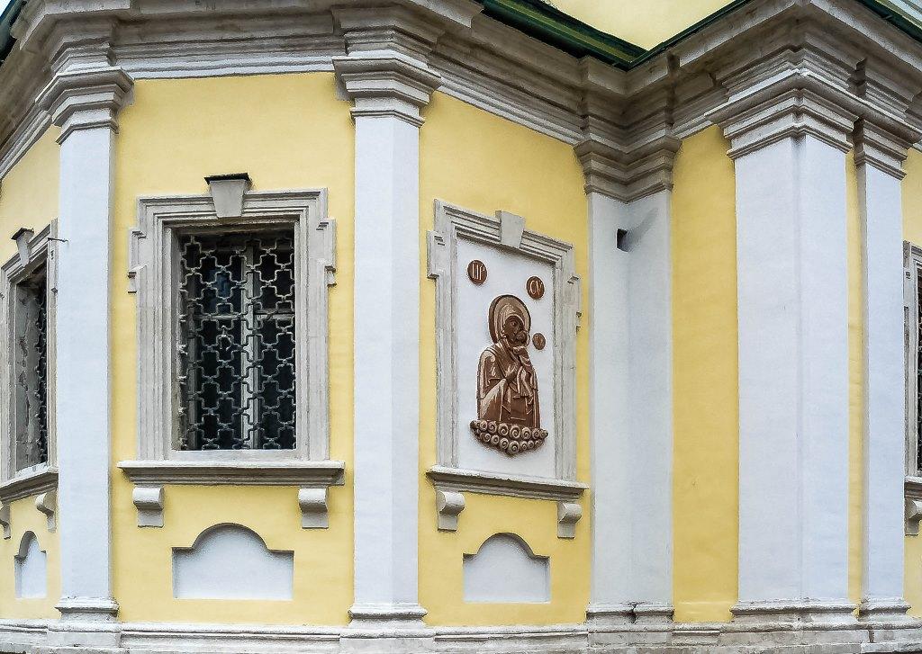 irina-fortuna-vysokopetrovsky-monastery 04.jpg