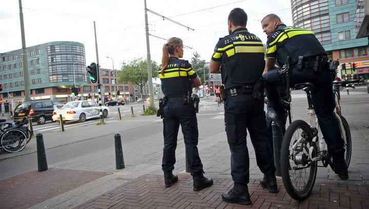 «Полиция моды»! Полиция Голландии начинает конфисковать вещи у модников на