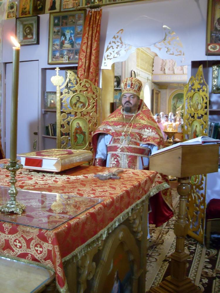 17 июля — день памяти святых царственных страстотерпцев в Алчевске