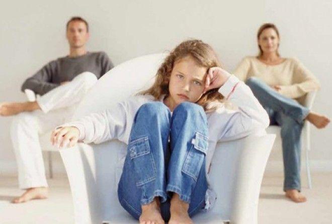 Почему нельзя сохранять брак ради детей (1 фото)