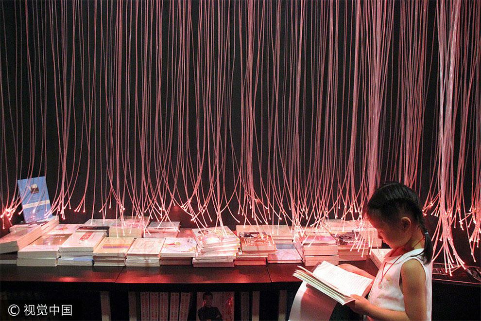 Новый книжный в Сучжоу стал просто идеальным местом для любителей инстаграма.