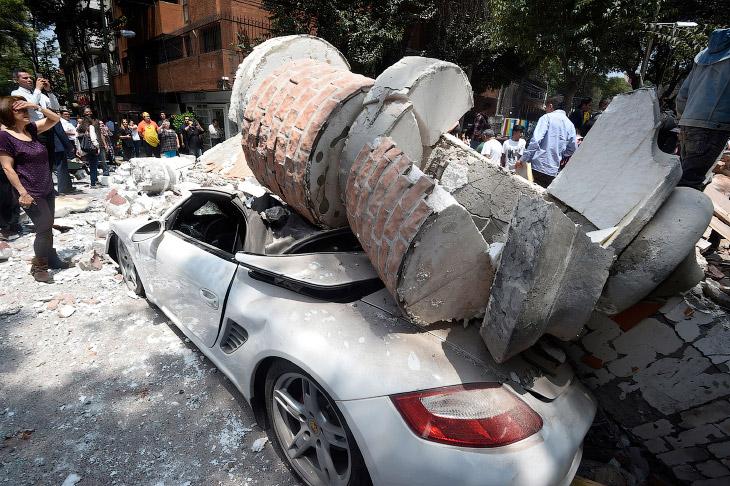 Землетрясение в Мексике (15 фото)