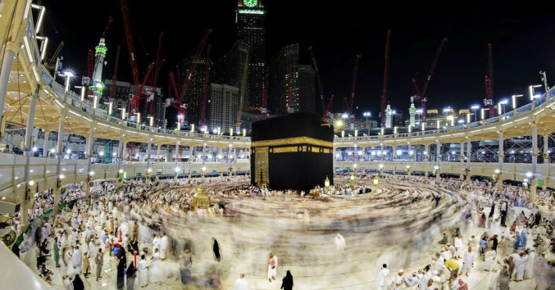 Мекка и Медина    Только люди, которые верят в Аллаха, могут наслаждаться фанта