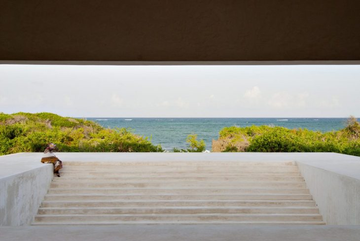 Dalton House by Alberto Morell Sixto