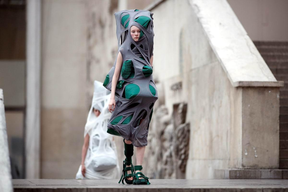 В стиле рваной абракадабры: Веяния современной американской моды