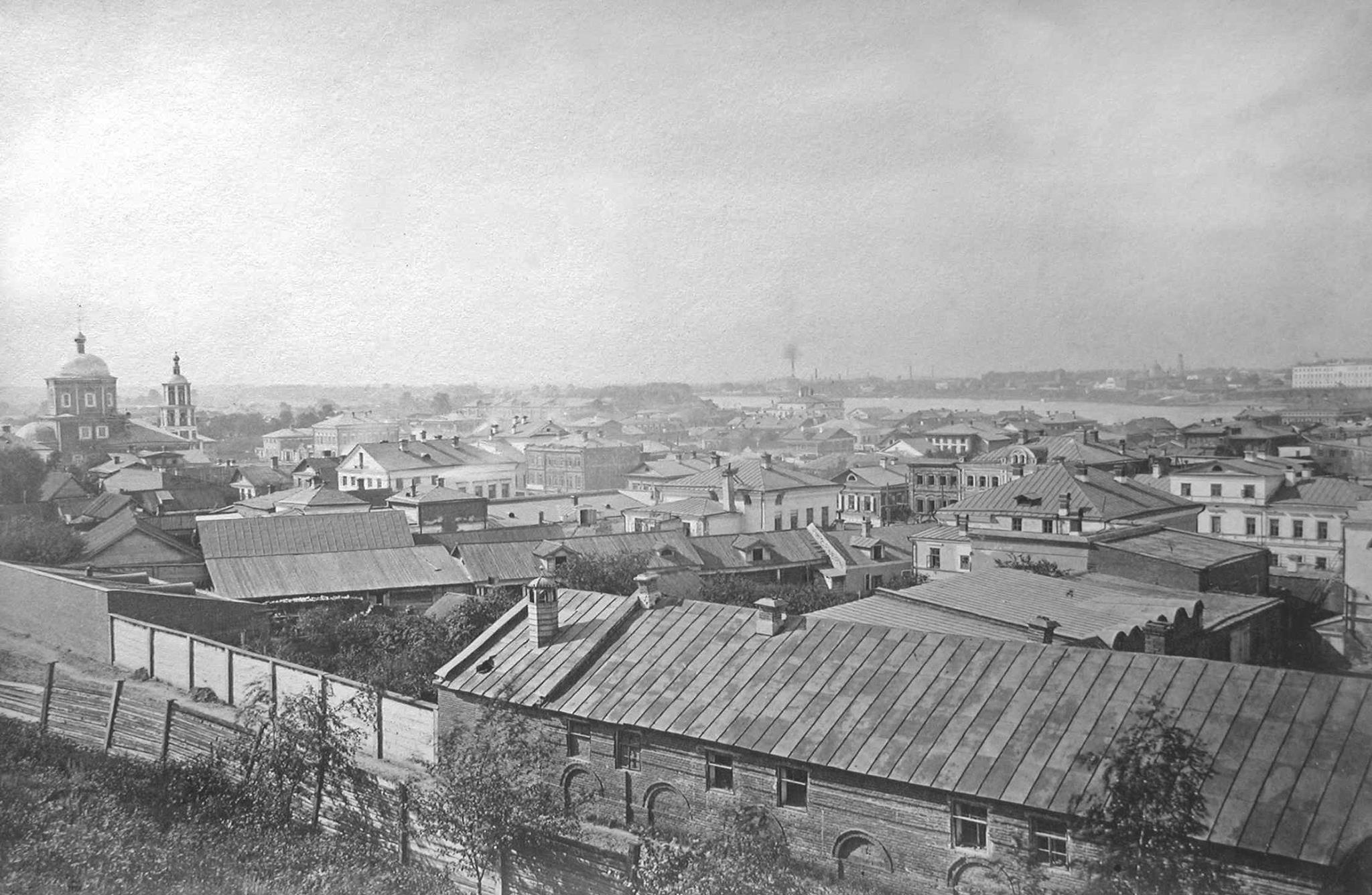 1879. Вид на Суконную слободу