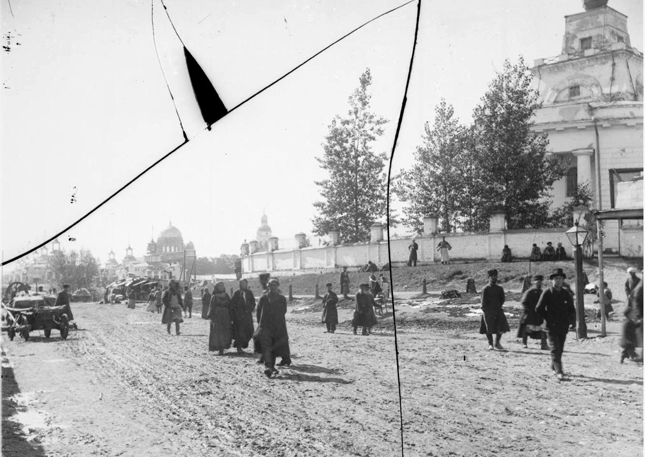 Нижегородская ярмарка. Аллея от Главного дома к Спасскому собору