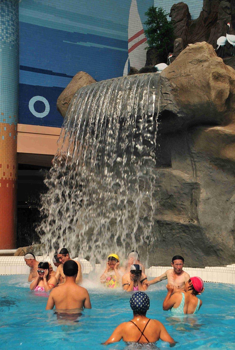 Аквапарк в Северной Корее