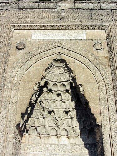 Каппадокия: подземный город Каймаклы и исторические памятники Кайсери
