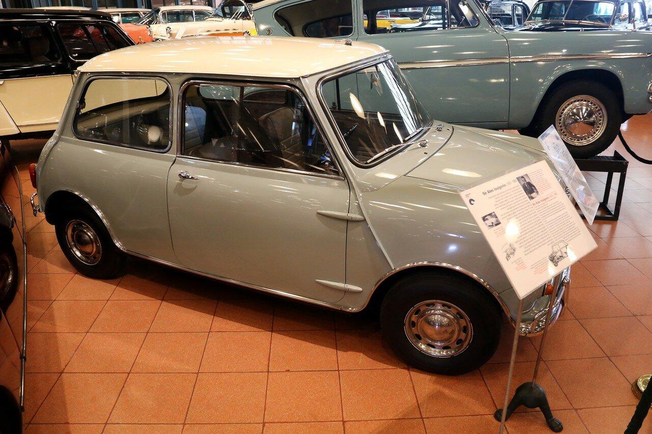 Стамбул. Музей Рахими Коча. Morris Mini Cooper 1962