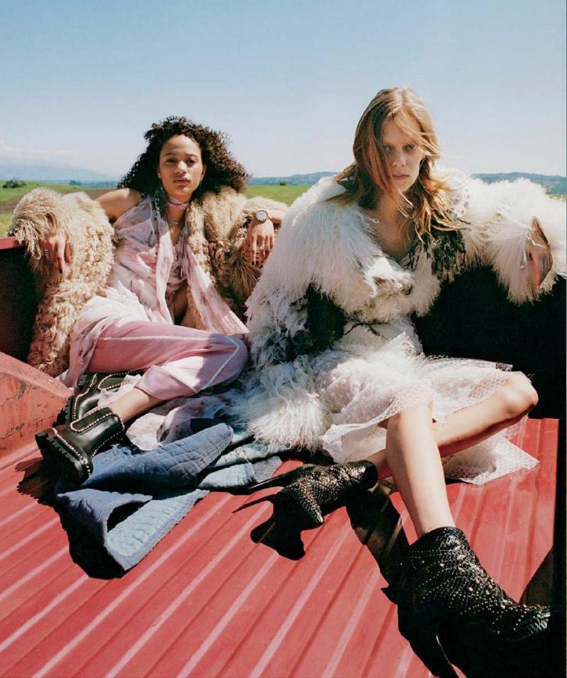 Селена Форрест и Лекси Болинг в Teen Vogue (7 фото)