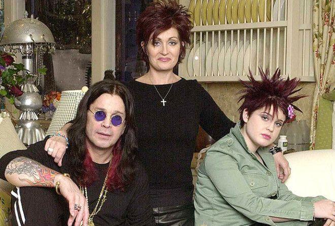 Бобби Кристина Браун 1993−2015, дочь музыкантов Уитни Хьюстон и Бобби Брауна