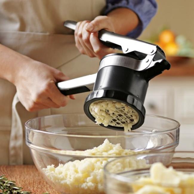 © williams-sonoma     Производители этой кухонной принадлежности для создания пюре наверн